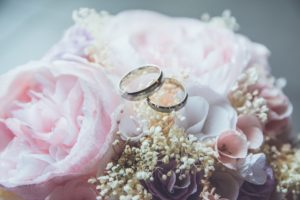 wedding-rings-for-my wish-couple-flowers