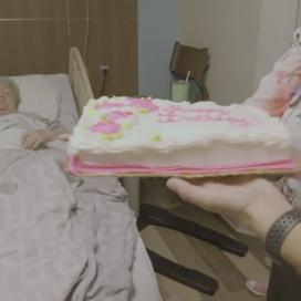 Birthday cake for elderly woman